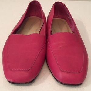 Worthington flats shoes